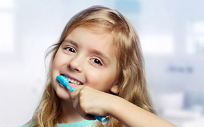 https://waukee.dental/wp-content/uploads/2017/02/child-brushing.jpg